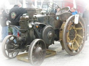 Restaurierter Traktor aus Friedberg/Hessen